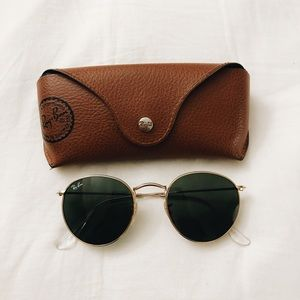Ray-Bans Round Metal Sunglasses w/ Case